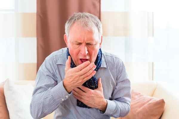 Ho là dấu hiệu của nhiễm độc phổi